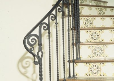 interior-metal-railing-european-iron-works (6)